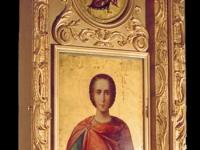 Икона св. вмч. Пантелеимона